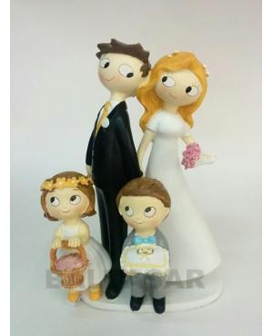 Figura tarta novios con dos hijos