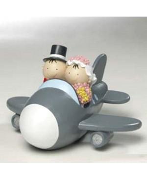 Figura novios pastel en avión